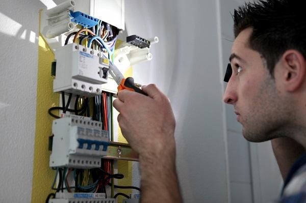 Electricien à Meyrin pour tout vos travaux électrique